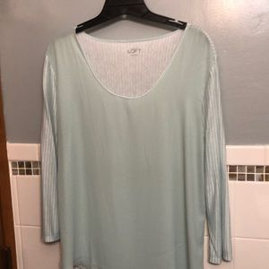 Women's long sleeves top, size Large.